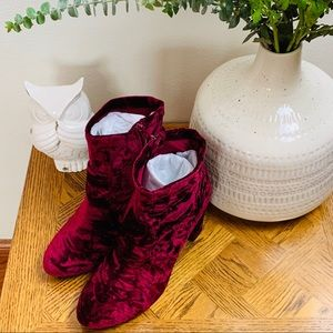Lane Bryant Crushed Velvet Red Booties Sz 10W NIB